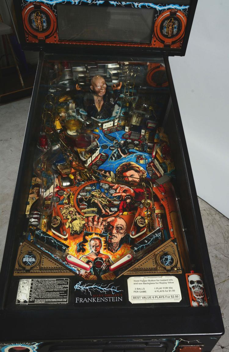 25¢ Sega Mary Shelley's Frankenstein Pinball Arcade Game