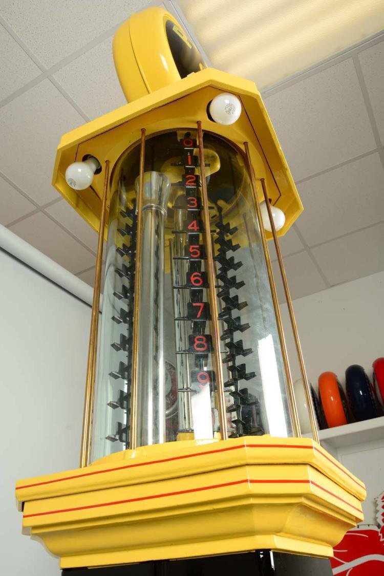 """Denver Car Auction >> Bowser Model #C-81 """"Square Visible"""" Ten Gallon Gas Pump - Re"""