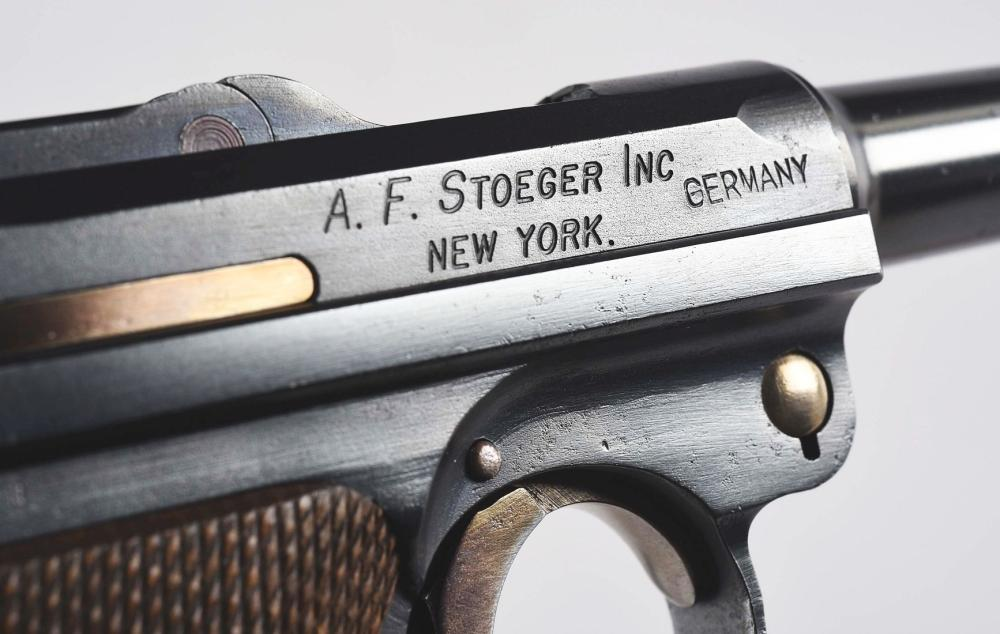M) Cased Consecutive Numbered DWM Stoeger Navy Luger Pistol