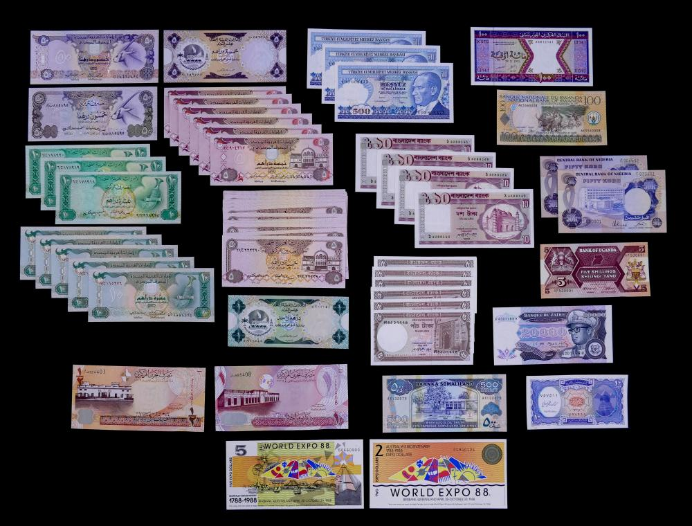 72pc MISC World Currency Banknotes- Middle East, Africa & Australia  UNC