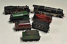 00 Gauge Locomotive Selection to include Hornby Dublo 2218 , 2-6-4 80033, w