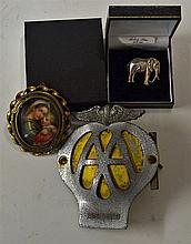 Silver Elephant Brooch with pin clip intact stamped to the reverse, plus a
