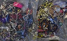Assorted Selection of Costume Jewellery consisting of bangles, bracelets, n