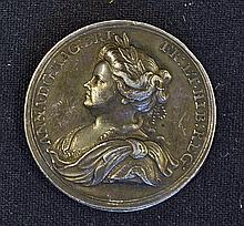 Fine 1713 Medallion Commemorating The Treaty of Ut