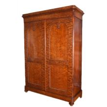 Fine Early 19th century Mouchette Mahogany English Victorian Era William IV Linen Press Armoire Wardrobe