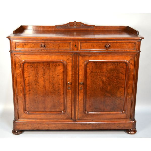 Royal Belgium 19th Century French Napoleon III Mahogany Buffet