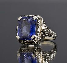 Art Deco 18K Gold 1930's Synthetic Sapphire Ladies Ring