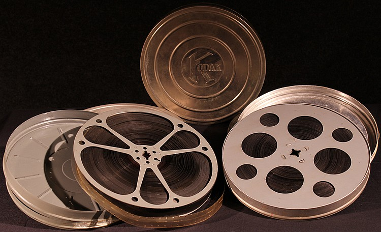 5Pcs Vintage Vernacular HOME MOVIES 16MM Safety B&W; Color Film Prospect Park Brooklyn Staten Island New York City Wesermunde Germany Vermont B&H; Kodak Canisters St. Bernard Dog Gardens 1930s Automobiles
