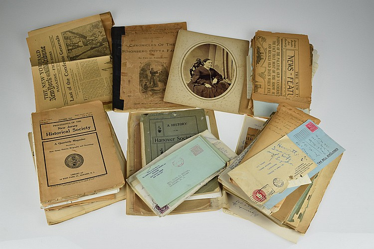 50Pcs Vintage Antique HISTORICAL GENEALOGY RESEARCH ARCHIVE Clippings Manuscripts Correspondence Notes Periodicals Photographs NY Burials Monographs Skilton Hewitt Hughitt Cotta Ingersoll Everett Shultz
