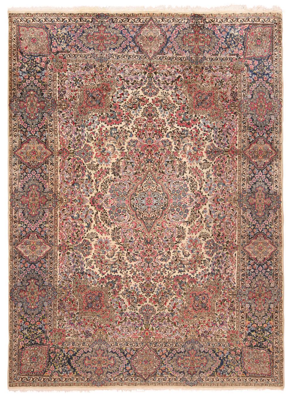 ANTIQUE PERSIAN KERMAN CARPET - No reserve. 11 ft 8 in x 11 ft 9 in (3.55m x 3.58m)