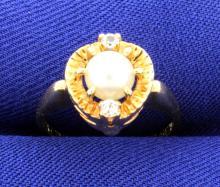 Vintage Pearl & White Topaz 10K Yellow Gold Ring