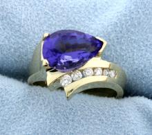 Amethyst and diamond 14k yellow gold ring