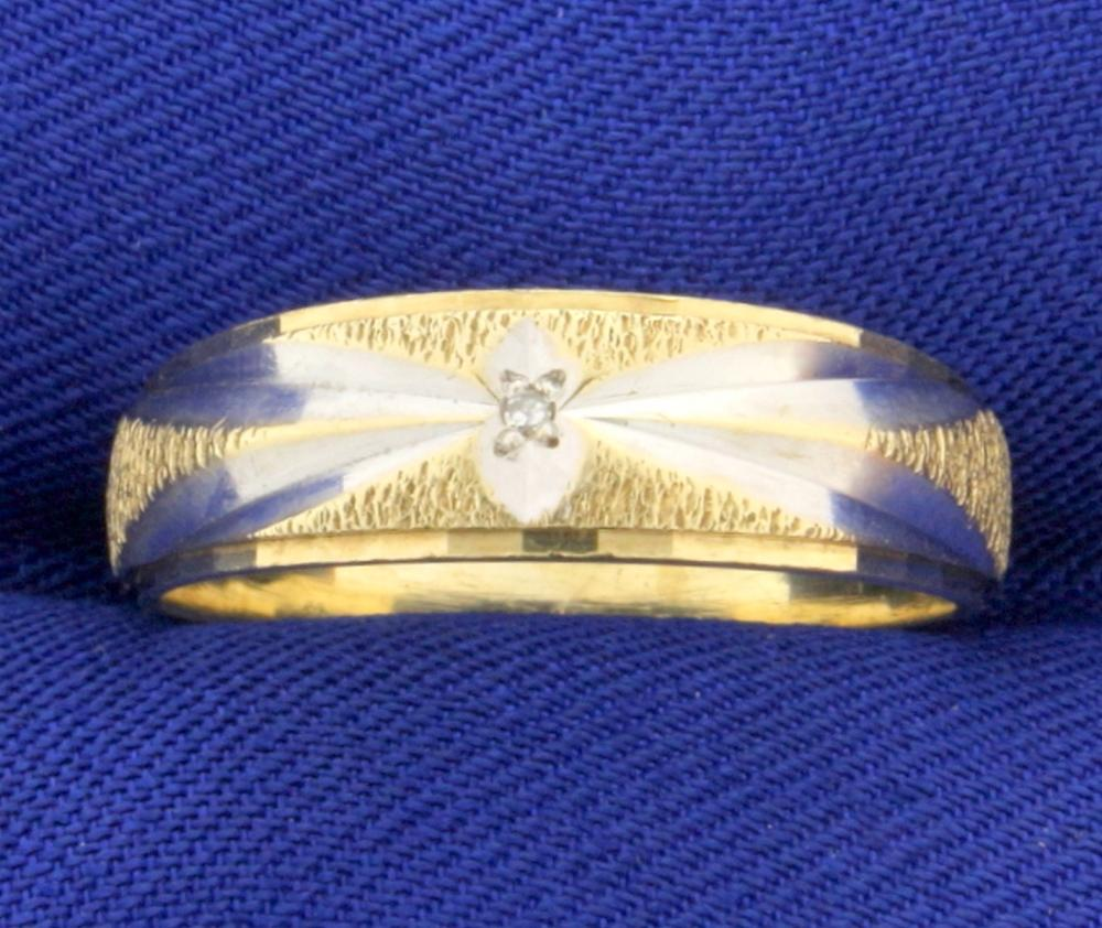 Unique Style Diamond Wedding Band Ring in 10k White and Yellow Gold