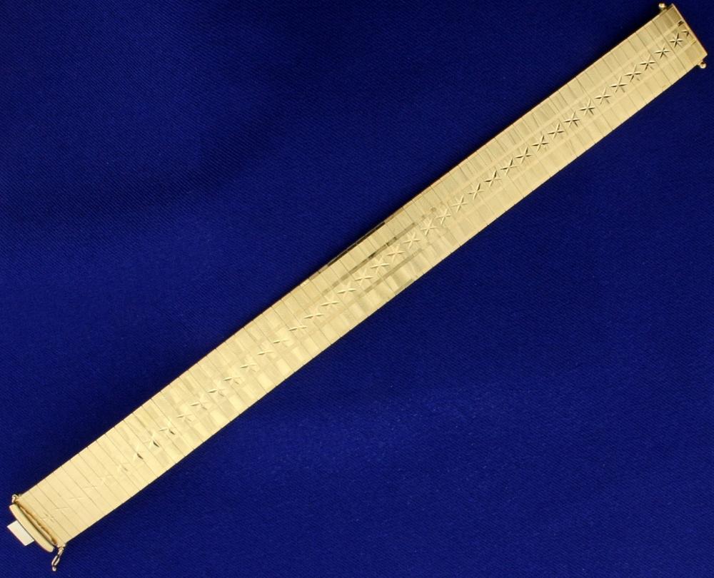 Italian Made Diamond Cut Stars and Stripes Bracelet in 14k Yellow Gold