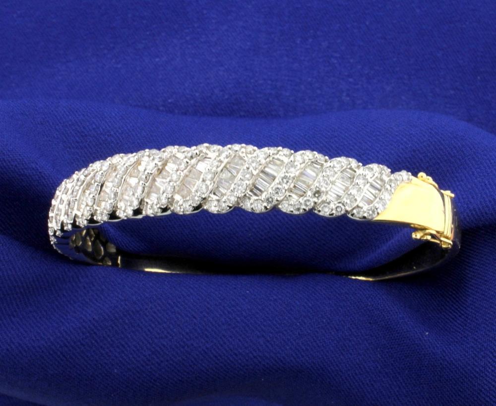 Lot 3655: 5 Carat Diamond Bangle Bracelet in 14k Gold