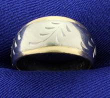 White and Yellow Gold 14k Band Ring with Leaves or Nature Design
