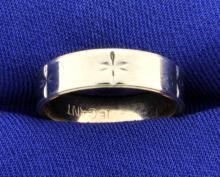 Women's Wedding Band Ring