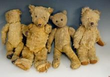 Four vintage plush teddy bears, 37cm high and smaller, all early to mid 20t