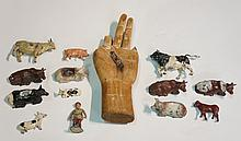 An 18th Century Chinese wooden hand, bearing traces of gesso decoration, 23