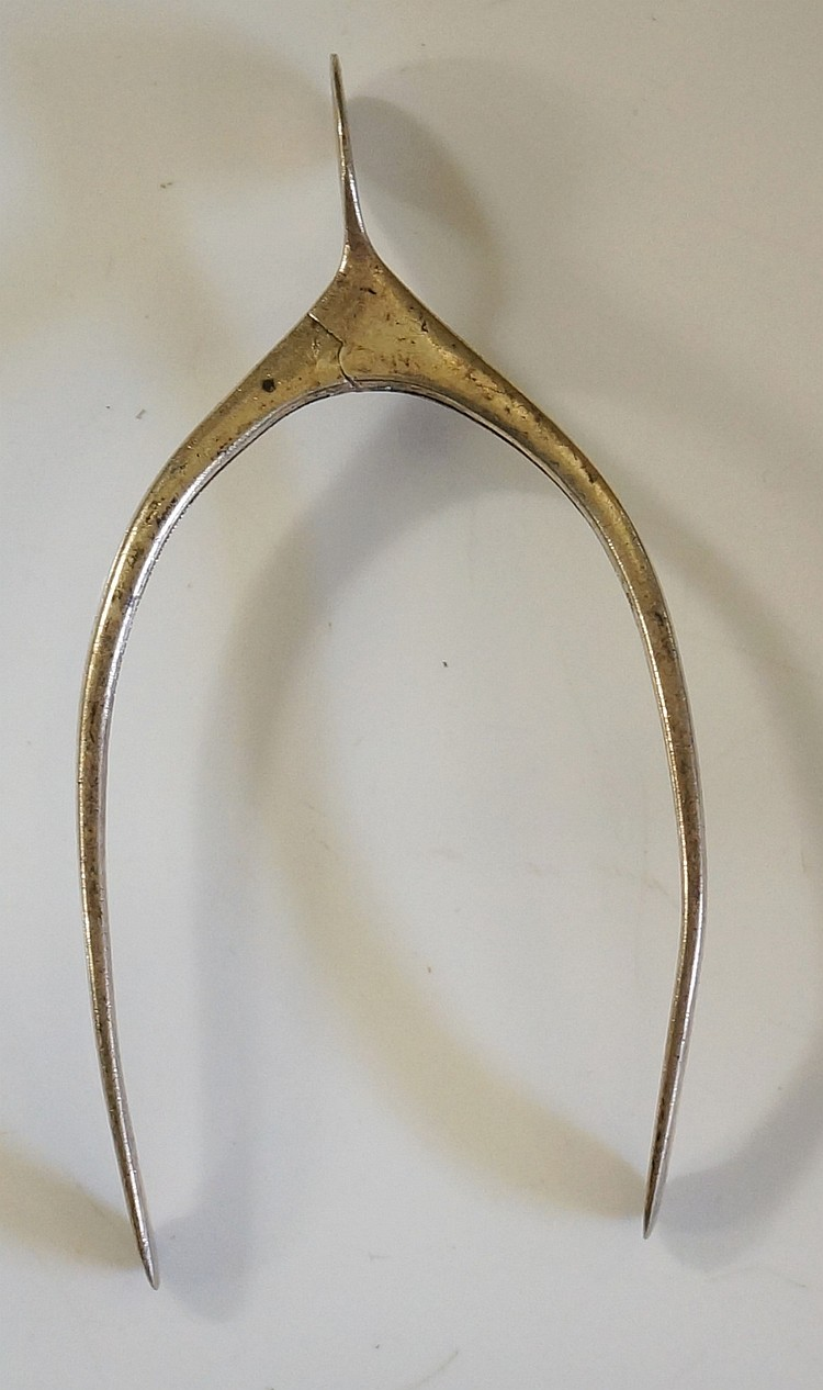 A pair of silver spring action wishbone tongs, by Levi & Salaman?, Birmingh