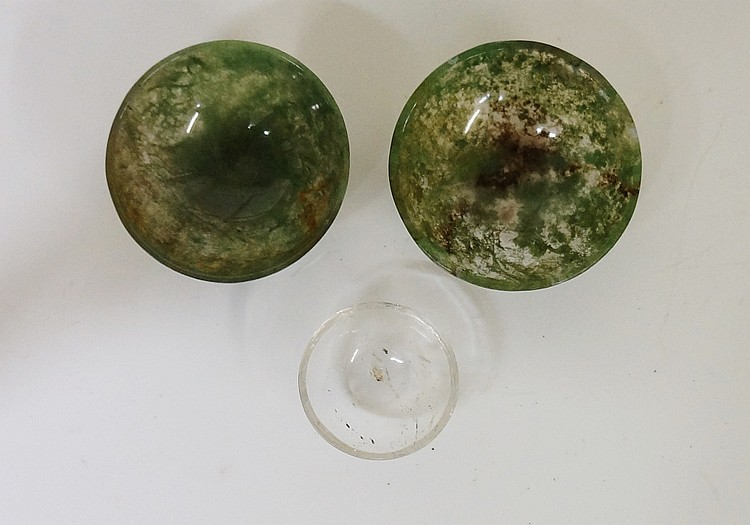 Two miniature moss agate bowls, 4.5cm diameter; a miniature rock crystal bo