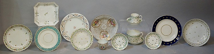 Pinxton - a quantity of Pinxton ? ceramics including: a shaped circular pla