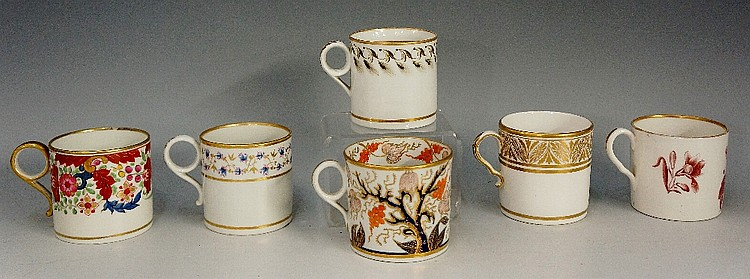 A Minton pattern number 44 coffee can; a Newhall Imari pattern coffee can,