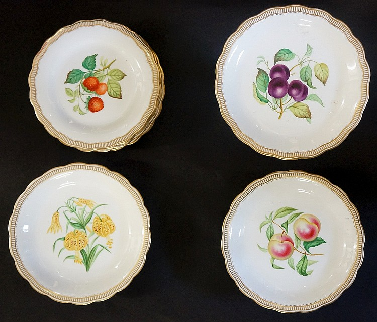 A Worcester dessert service comprising: two tazzas and a pedestal tazza and