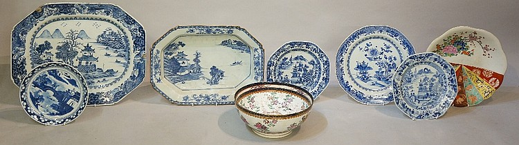 A late 18th / early 19th Century Chinese blue and white meat plate, painted
