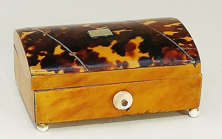 An early 19th Century rectangular tortoiseshell veneered box, the shallow d