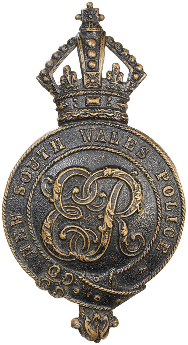 Militaria - Police Badges, Uniform and Medals