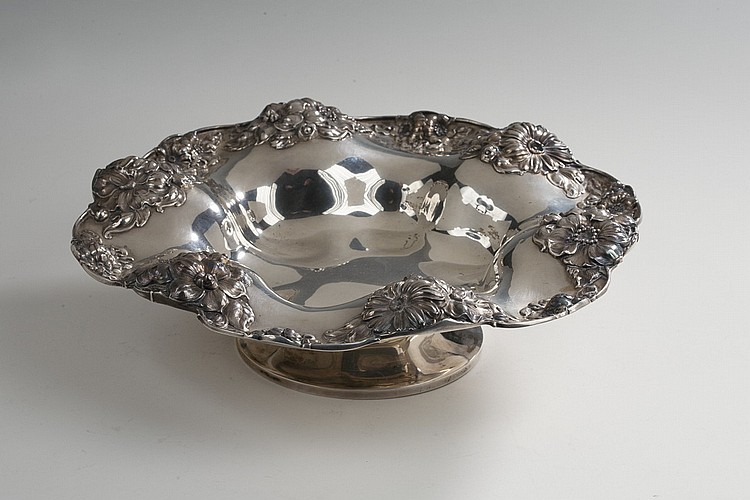 AMERICAN SILVER CENTER BOWL, GORHAM MFG. CO., 1902.
