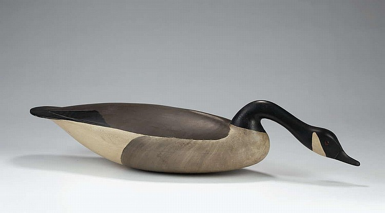 HURLEY CONKLIN (MANAHAWKIN, NEW JERSEY 1913-1991). HISSING CANADA GOOSE DECOY WITH CARVED TAILFEATHERS IN NATURALISTIC PAINT.