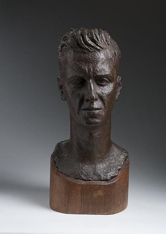 PETER LIPMAN-WULF (AMERICAN 1905-1993). BRONZE BUST OF A MAN.
