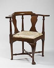 MASSACHUSETTS QUEEN ANNE MAHOGANY CORNER CHAIR, CIRCA 1760-1775.