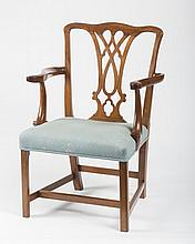 NEW HAMPSHIRE CHIPPENDALE CARVED MAHOGANY ARMCHAIR, EIGHTEENTH CENTURY, ATTRIBUTED TO ROBERT HERRALD, PORTSMOUTH.