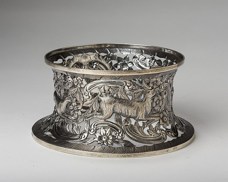 GEORGE V IRISH SILVER POTATO/ DISH RING, T. WEIR & SONS, DUBLIN, 1930-31.