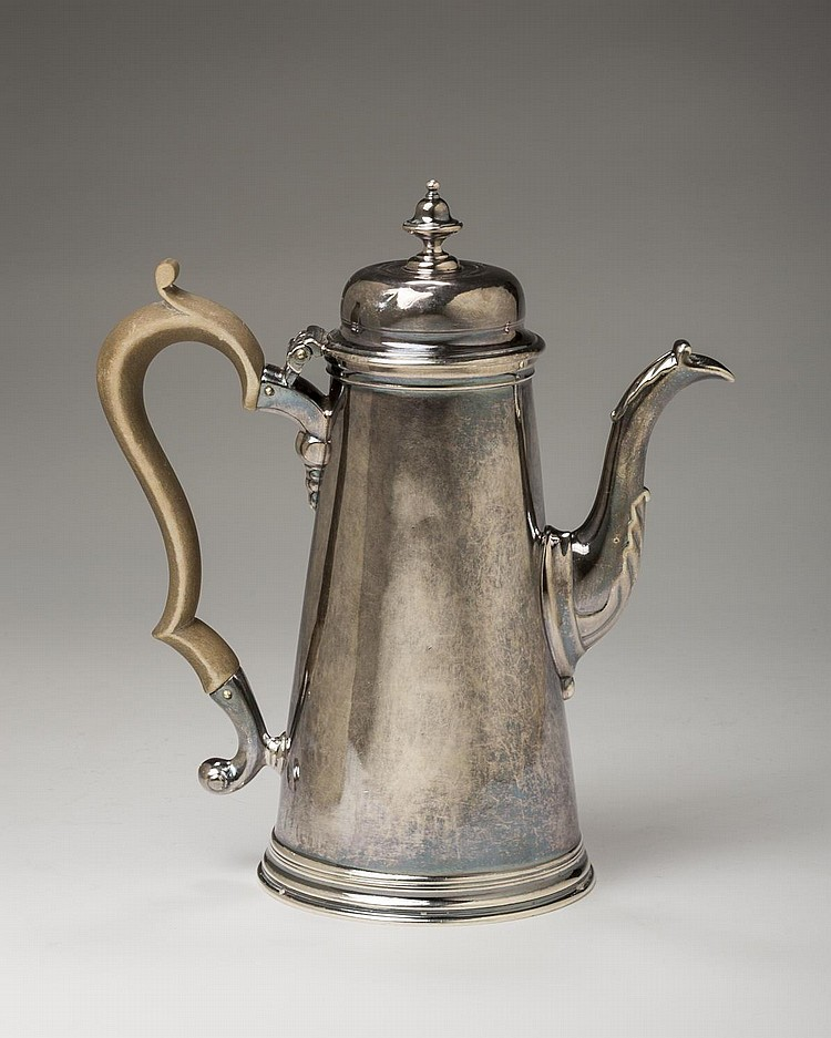 GEORGE II SILVER COFFEEPOT, HUMPHREY PAYNE, LONDON, 1738-39.