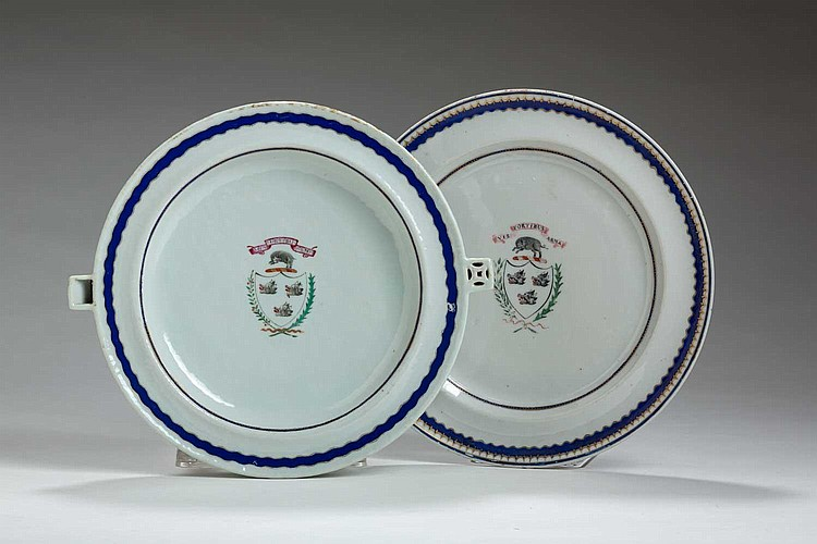 CHINESE EXPORT PORCELAIN ARMORIAL WARMING DISH AND PLATE WITH THE ARMS OF NISBET, CIRCA 1800.