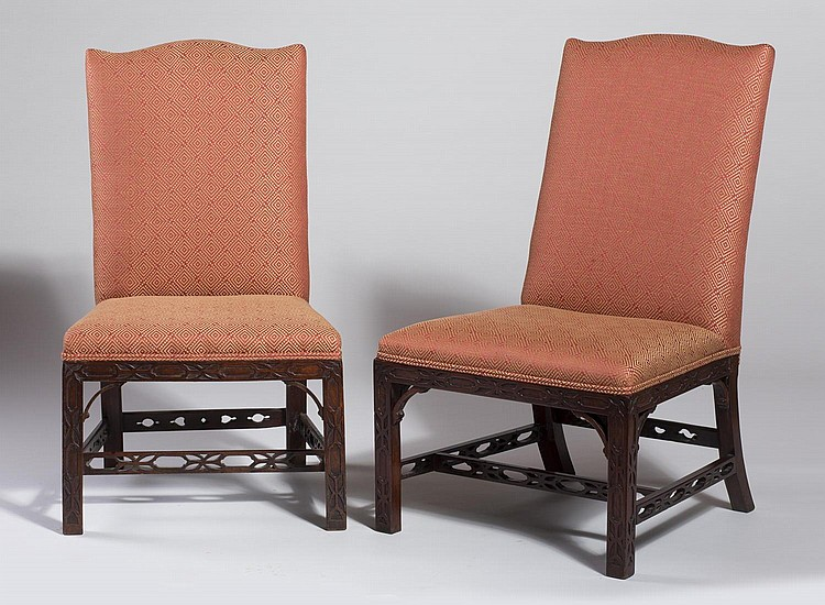 PAIR OF ENGLISH CHIPPENDALE MAHOGANY BACKSTOOLS WITH SERPENTINE CREST.