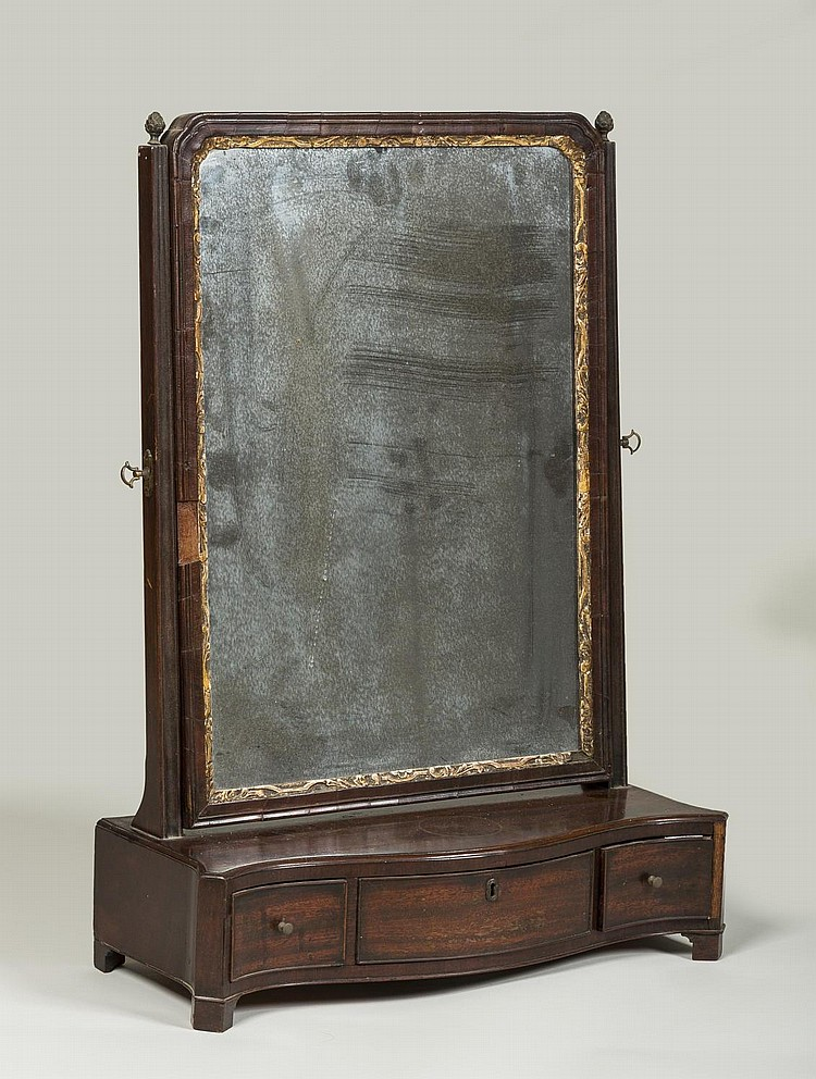 ENGLISH CHIPPENDALE MAHOGANY DRESSING MIRROR.