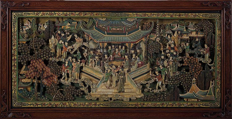 CHINESE CARVED AND POLYCHROME-PAINTED PANEL DEPICTING A COURT SCENE.