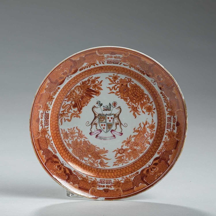 CHINESE EXPORT PORCELAIN 'ORANGE FITZHUGH' BREAD AND BUTTER PLATE WITH THE ARMS OF SETON QUARTERING HAY, CIRCA 1810.
