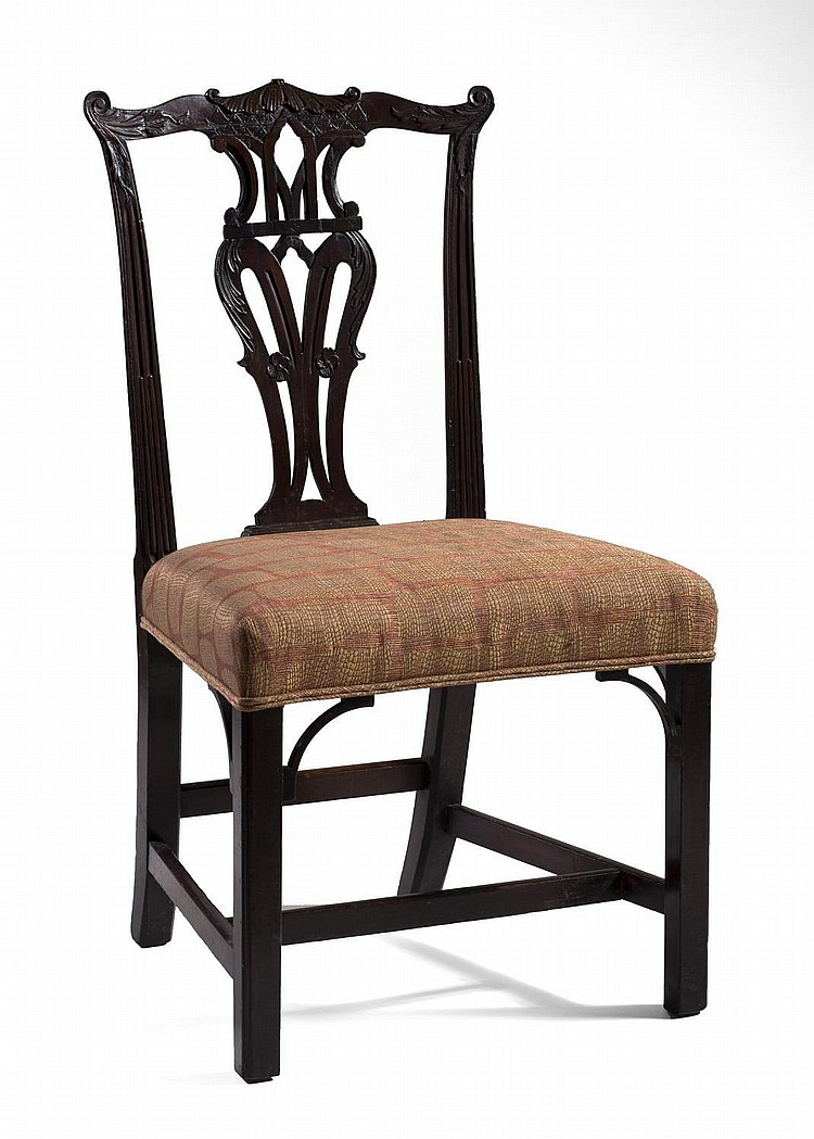 ENGLISH CHIPPENDALE CARVED MAHOGANY SIDE CHAIR.