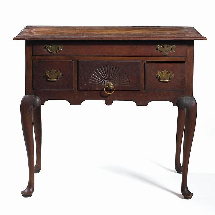 CONNECTICUT QUEEN ANNE CARVED CHERRYWOOD LOWBOY.