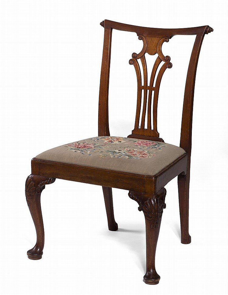 ENGLISH QUEEN ANNE CARVED WALNUT SIDE CHAIR.
