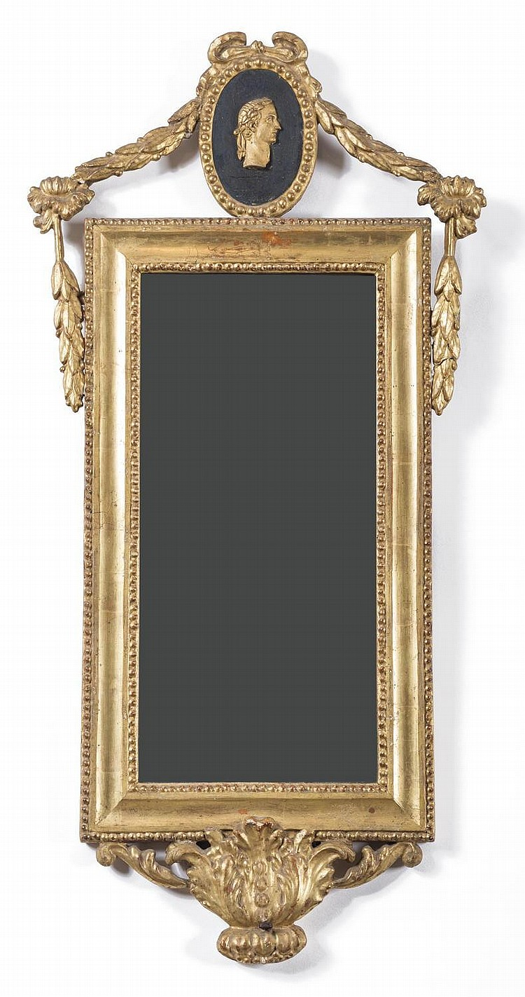 PAIR OF ITALIAN GILTWOOD MIRRORED SCONCES.