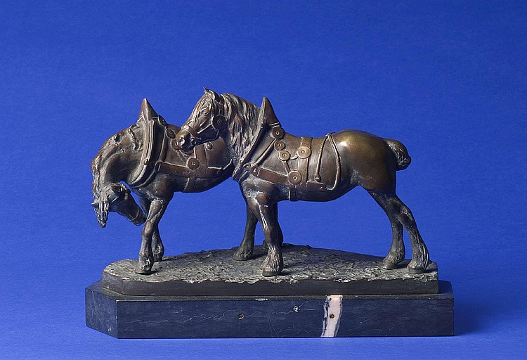 HANS GURADZE (GERMANY, B. 1861). PATINATED CAST-BRONZE FIGURAL GROUP OF TWO WORK HORSES.
