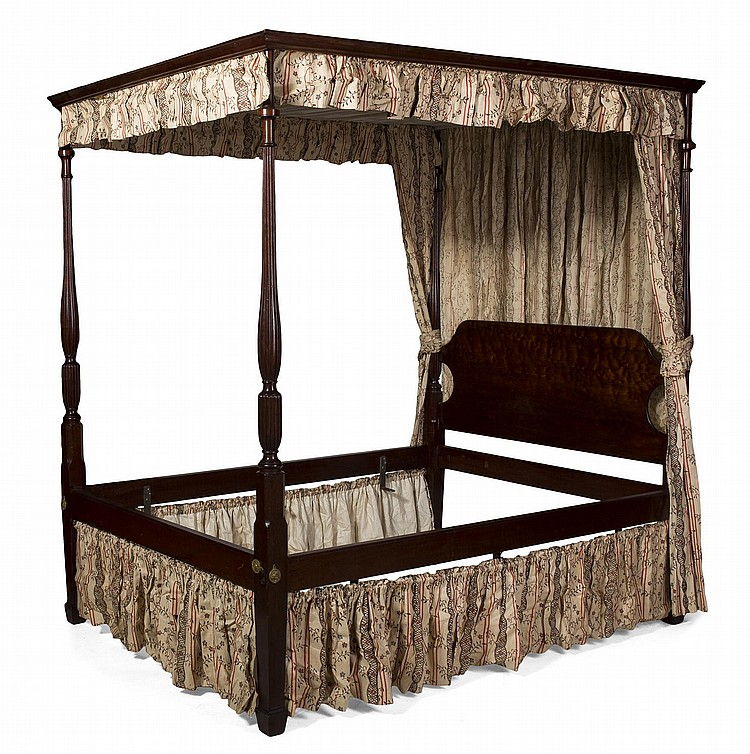 SHERATON STYLE CARVED MAHOGANY CANOPY BED