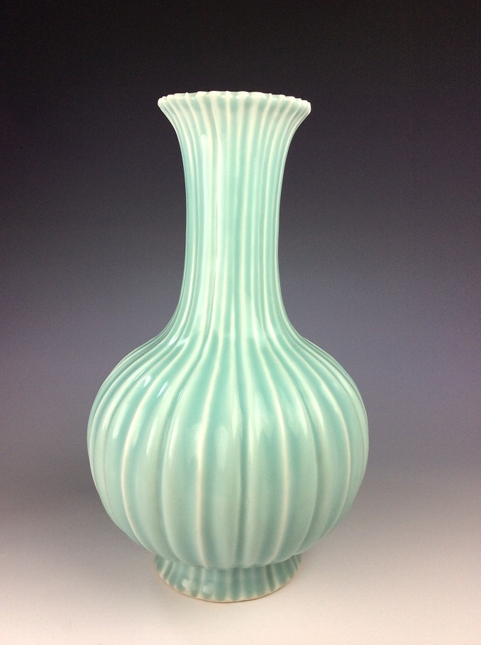 Rare Chinese Qing period porcelain vase, celadon glazed, decorated & marked